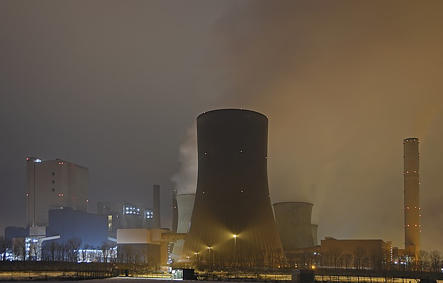 nuclear-reactors-499907_640